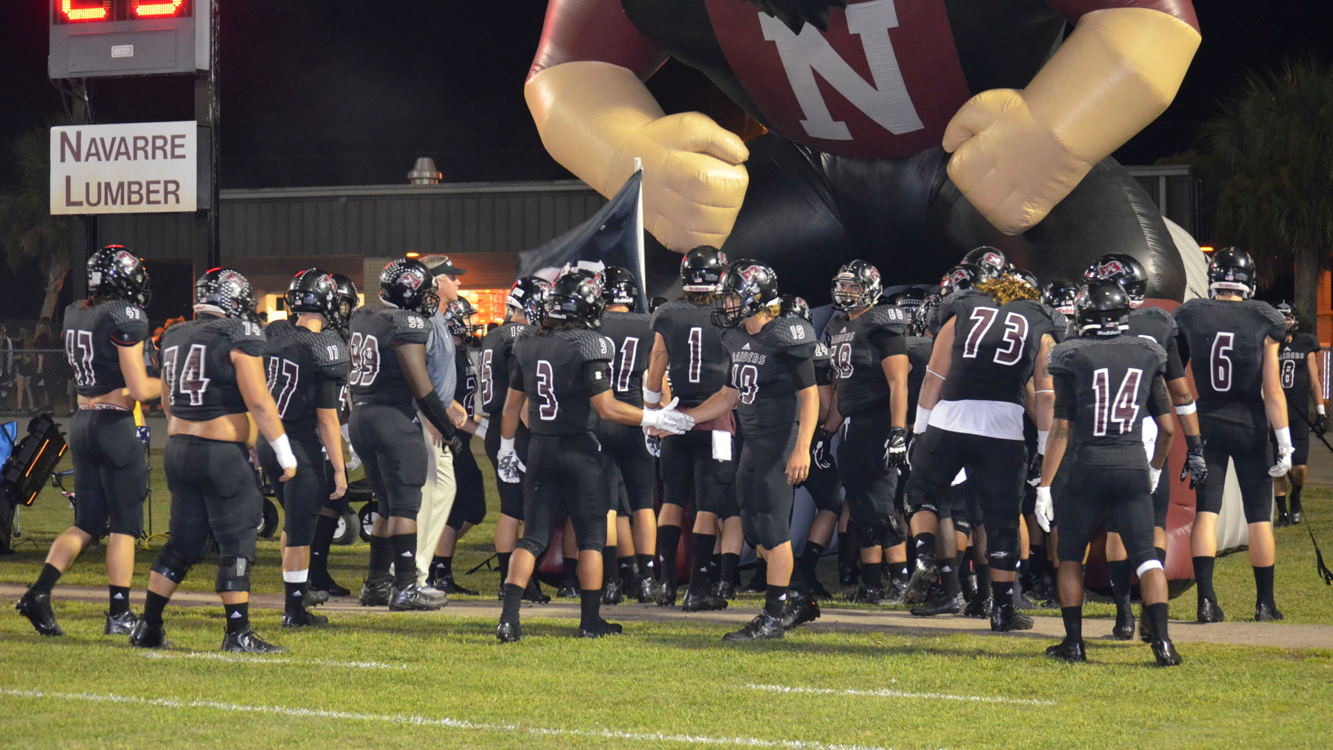 navarre raiders quarterback club